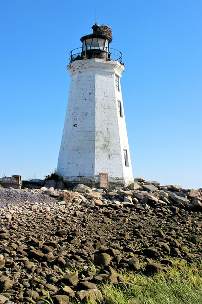 Work on the new restoration began in 1998 with the application of graffiti resistant paint, a new door, masonry repair and the installation of vandal proof steel panes in the lighthouse windows.  Solar powered lights were installed to illuminate the tower at night.