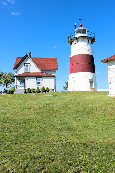 At the time of his retirement in 1919 Theed Judson stated he had never taken vacation from his duties in 39 years.  William Petzolt, who had served as an Assistant to Theed since 1913, was appointed the new Keeper of Stratford Point Light.