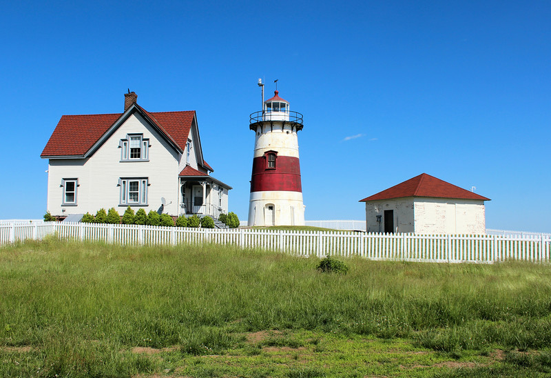 The first Keeper assigned to the Stratford Point Lighthouse was Samuel Buddington, who moved into the Keepers house with his wife Amy and their children.  Members of the Buddington family would serve at the lighthouse for 47 of the next 50 years.