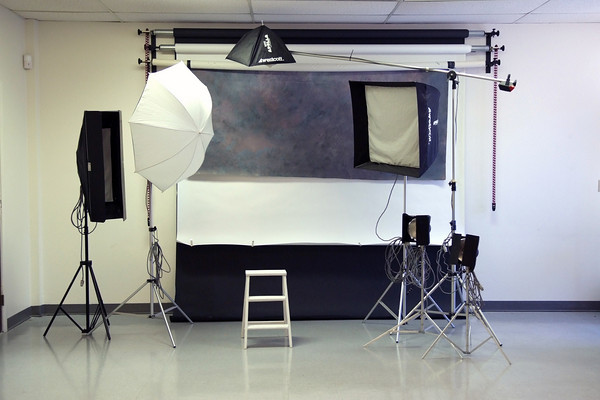 All studio rentals are BY APPOINTMENT ONLY and must be paid in advance to assure your scheduled time in the studio. Full day rental is from 8:00am to 5:00pm. Other hours may be arranged on a special needs basis.  Strobe lights, light modifiers and posing props are included with rental.<br /> <br /> The studio rental rates:<br />     $45  per hour                 <br />     $145 1/2 day (4 hours) <br />     $275 per day (8 hours)<br />     $30 each add'l hr. after 8 hrs <br /> <br /> Should you require the studio in the same setup for more than one day, you may hold the studio over night for $50. This will allow you to leave the studio setup and ready for the next day.