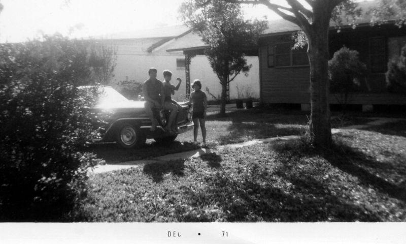 Robert,Scott&Connie  12-71  (2)
