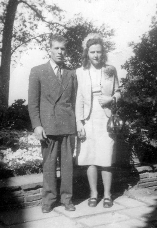 PeeWee & 1st wife Anita