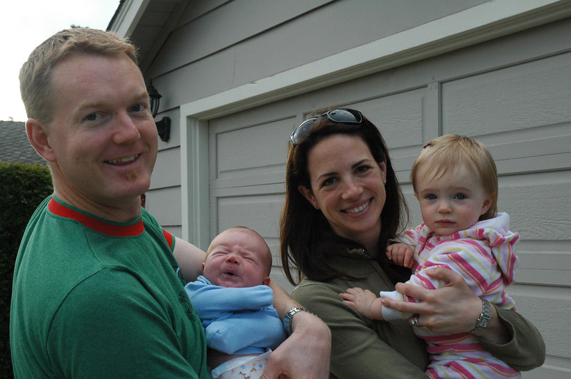 Cousin Julie came by with little Kylie to say hi to Connor.