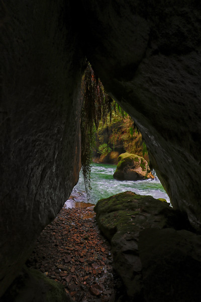 Stone Archway Along Trail in the Green River Gorge