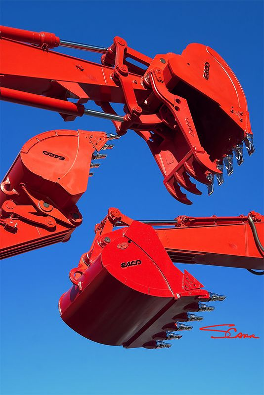 Earthmoving construction equipment: Esco buckets on Link-Belt backhoe excavator booms. CONEXPO 2005, March 15, 2005, Las Vegas, Nevada.