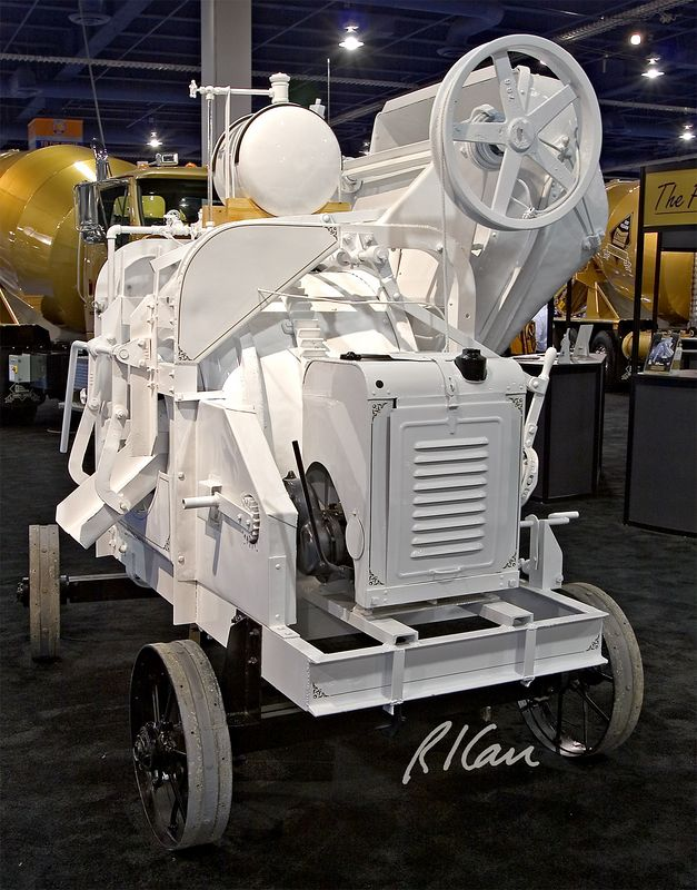 CONEXPO 2005, concrete construction: London Concrete Mixer No. 7-8, London Concrete Machinery Co., 1929. CONEXPO, Las Vegas, Nevada, March 15-19, 2005.