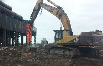 GH40 hydraulic hammer brownfield redevelopment