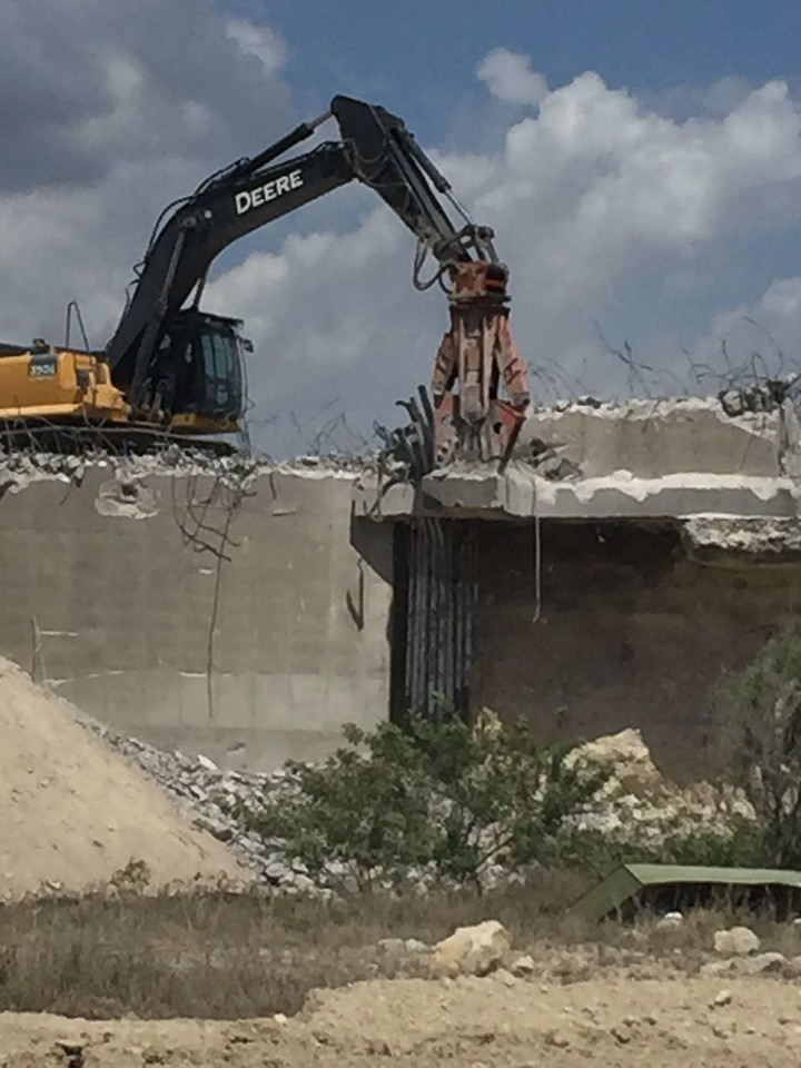 concrete demolition jaws