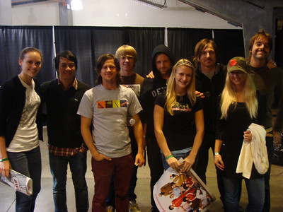 Fans from Habitat EKC backstage with the band at the Switchfoot concert.