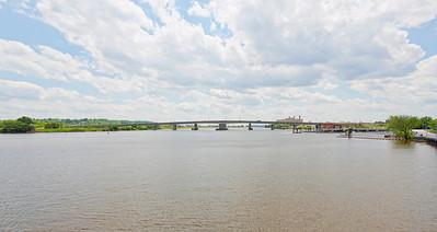 Latitude 38º 52' 21.111 ; Longtitude -77º 0' 11.631 View of Bridge from the boardwalk at Diamond Teague Park