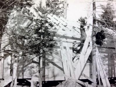 Building cabin #103, fall 1946