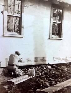 Building cabin #104,  fall 1947