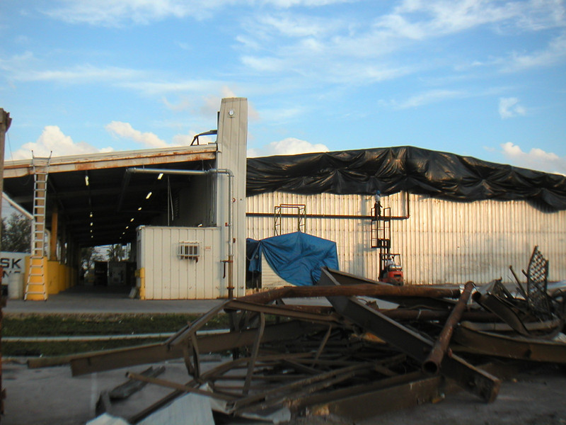 Pompano Cold Storage<br /> End Bays Colapsed During Hurricane Wilma