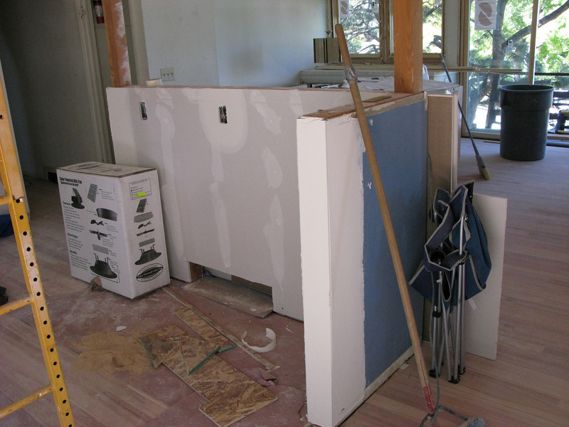 The wall that will support the new kitchen island.