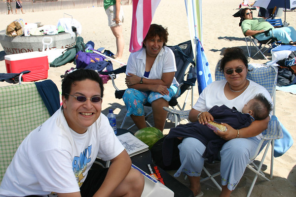 Trip to the Beach - Viaje a la Playa 2005
