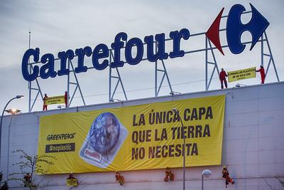 Día de la Tierra acción Carrefour
