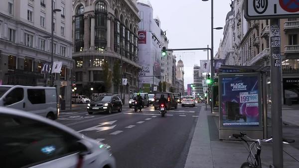 Pancarta Black Friday Gran Vía Madrid (medios)