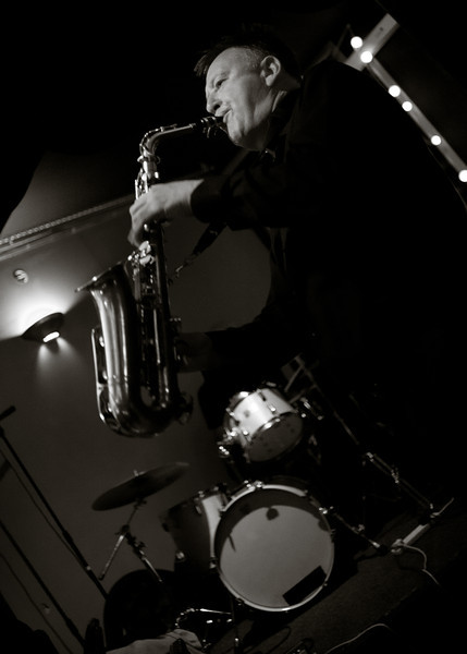 Saxophone Legend - Brian Idendin