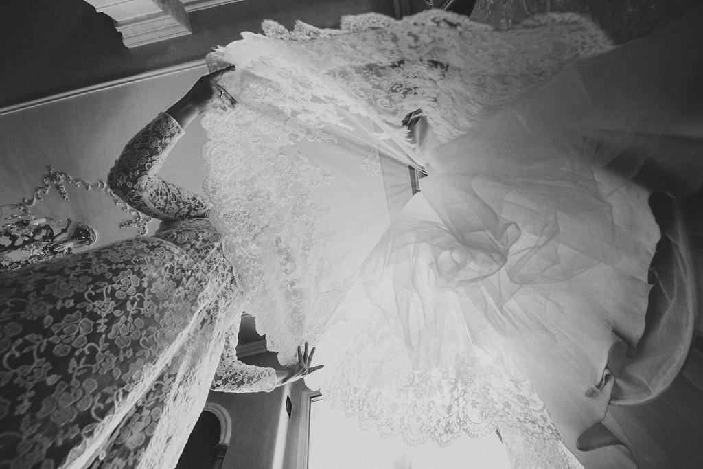 Nicol spose dress detail