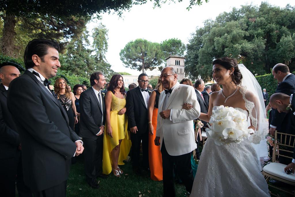 Civil ceremony at secret garden in Villa Aurelia