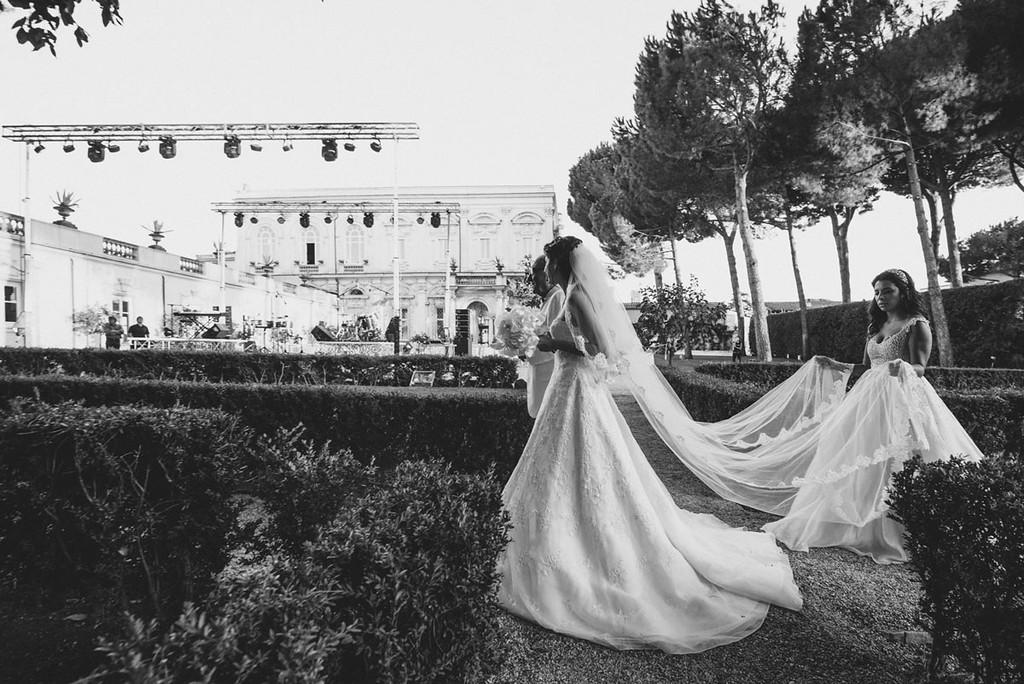Bride had a walk down to Villa Aurelia.