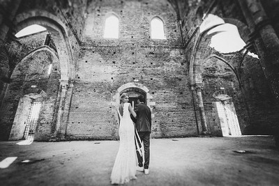 Wedding-Photographer-San-Galgano_025
