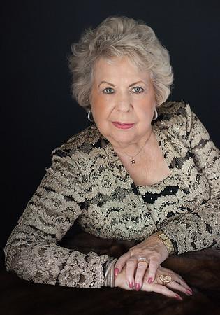 Joyce Savoy050