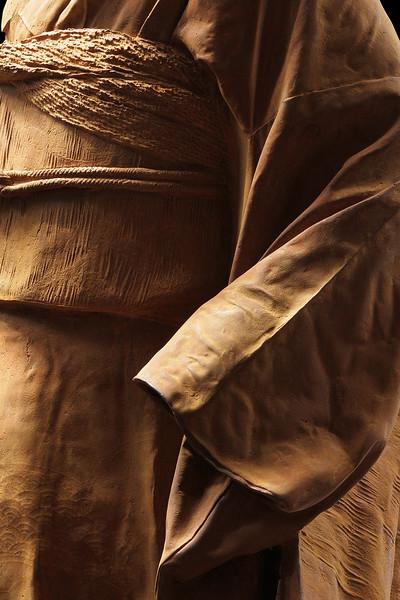 "Kimono sculpture in cast iron, Young Bijin | 46"" x 19"" x 18"""