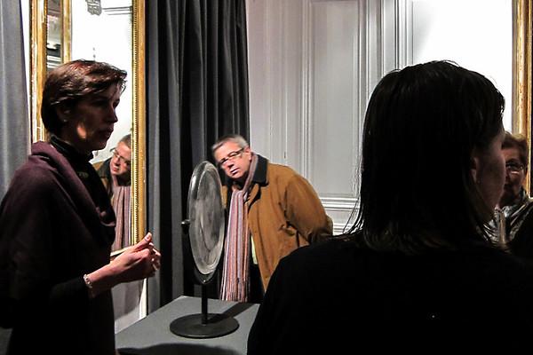 Réflexions Féminin at the  Musée-Atelier départemental du Verre