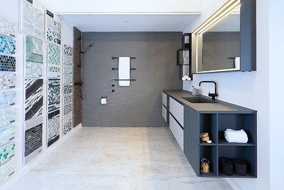 Hastings TIle and Bath 2021-17