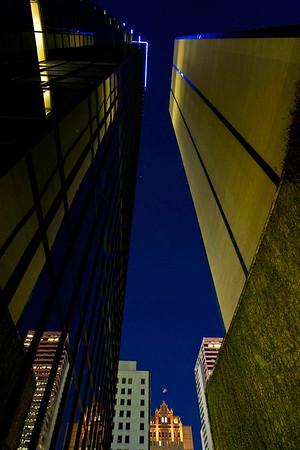 Dallas, Texas skyline at night.