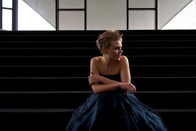 Anke Briegel's photoshoot at Theater Dortmund Oper Foyer, female portrait, flash