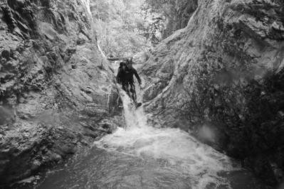 10_04_10 canyoneering Eaton Canyon 0716