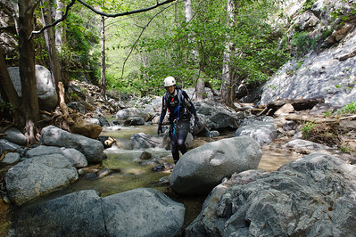 10_04_10 canyoneering Eaton Canyon 0610