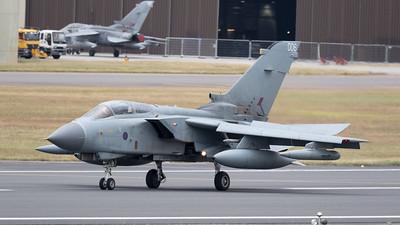 Panavia Aircraft, RAF, RIAT 2015, Royal Air Force, Tornado GR.4, Tri-National Tornado Training Establishment, ZA372
