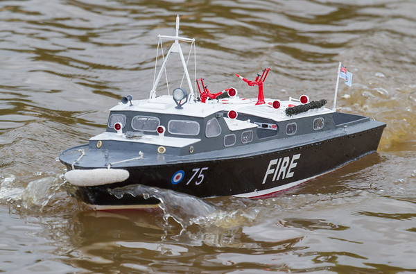 75, David Hardy, Fire Launch, RAF Crash Tender, RAF Launch 75, SRCMBC, Solent Radio Control Model Boat Club