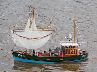 Dor 12, Dorum, Fishing boat, John Tybjerg, SRCMBC, Sirius, Solent Radio Control Model Boat Club, side-trawl shrimping boat