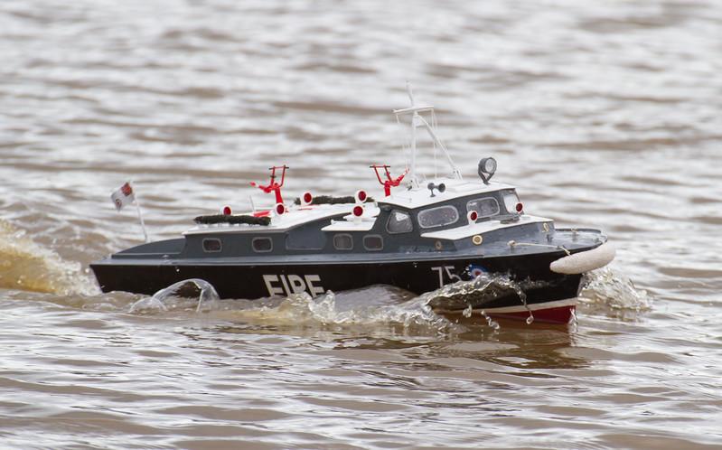 75, David Hardy, Fire Launch, RAF Crash Tender, RAF Launch 75, SRCMBC, Solent Radio Control Model Boat Club