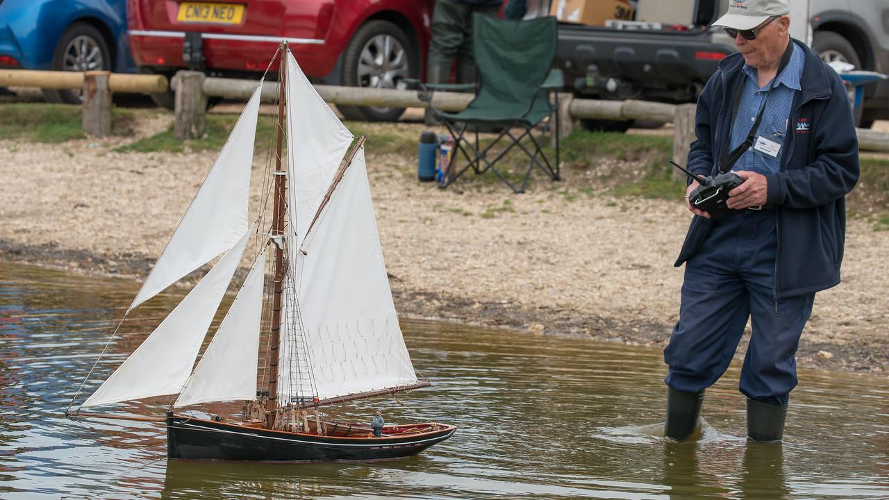 Gaff-rigged pilot cutter, John Geall, Jolie Brise, Navy Day 2017, SRCMBC, Setley Pond, Solent Radio Control Model Boat Club