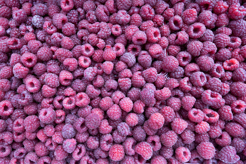 "CCC78-29 - 333 Raspberries? by <a href=""http://www.photographycorner.com/forum/member.php?u=10628"">Nikon_Mario</a>"