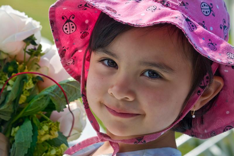 "Girls Little Helper by <a href=""http://www.photographycorner.com/forum/member.php?u=3565"">Spicoli</a>"