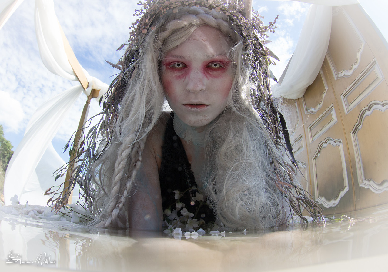 Dark Water Mermaids photo shoot