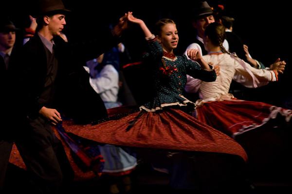 Day 05 - Twirl that Girl  dancegroup Jászság Népi Együttes from Hungary