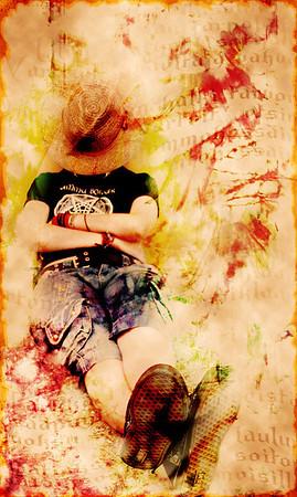 No Worries  Gold in Bonus: Grunge 2008 Themeposted for Darkroom: Grunge 2008