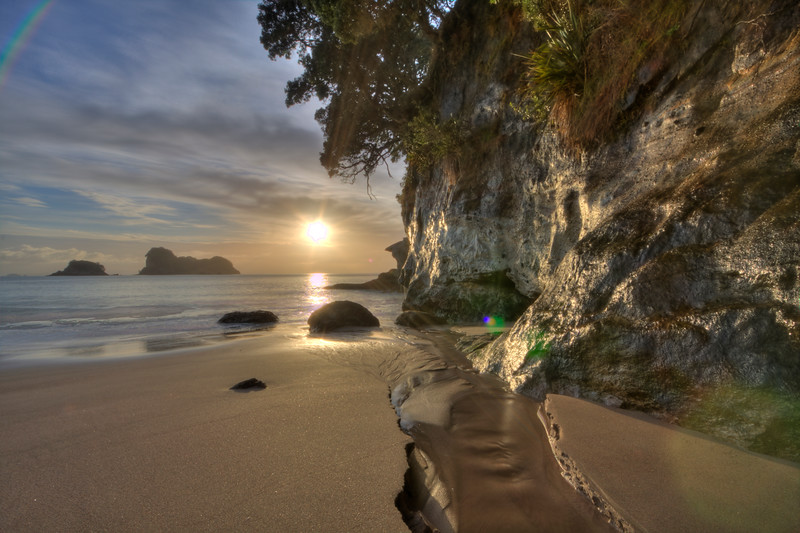 Cathedral Cove (HDR)