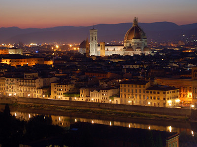 Florence, Italy: Night Falls