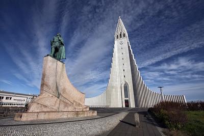 Hallgrimskirkja and Leif Ericson. Reykjavik, Iceland