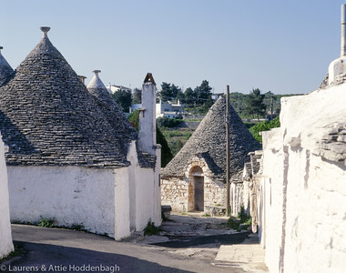 Trully houses at Alberobello  Filename: ITA-100005-007.jpg
