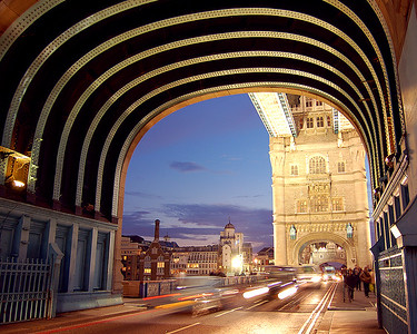 Tower Bridge: The Pulse of London