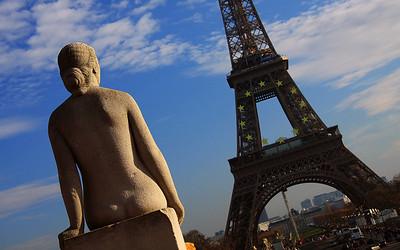 Contemplation: Paris, France
